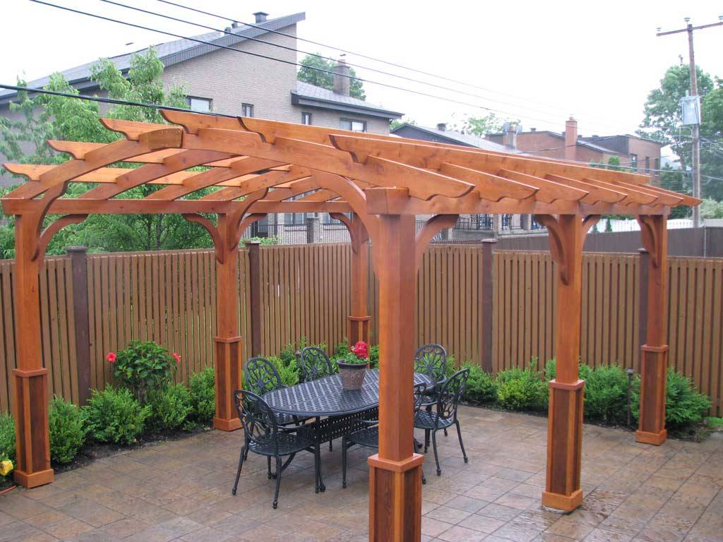 fabriquer une pergola en bois pergola bois pergola zen bois superb fabriquer une pergola bois. Black Bedroom Furniture Sets. Home Design Ideas
