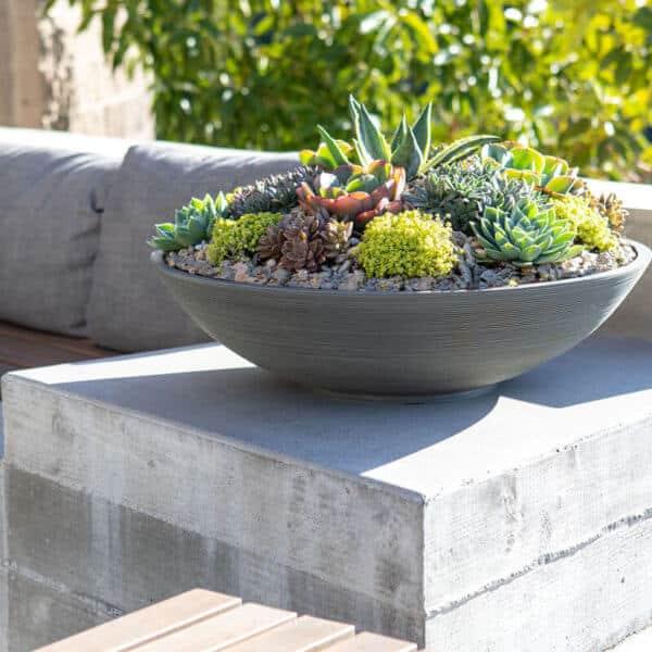 jardinière bol grise lifestyle