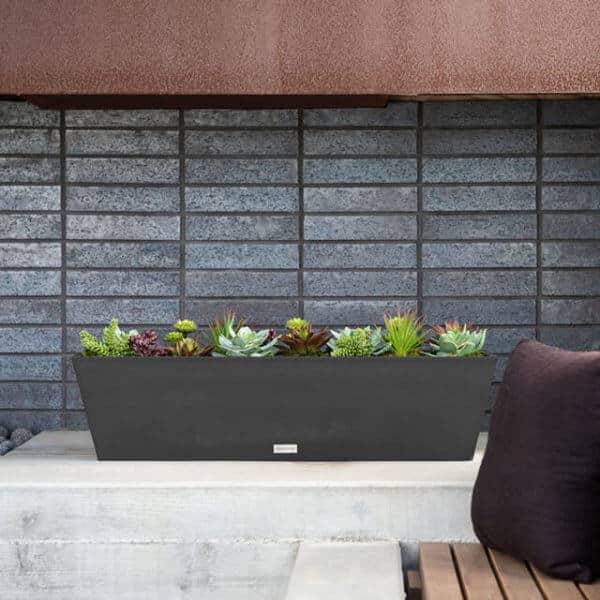 jardinière rectangulaire noire lifestyle