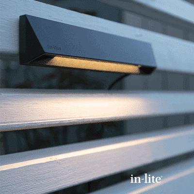 éclairage extérieur wedge slim dark lifestyle